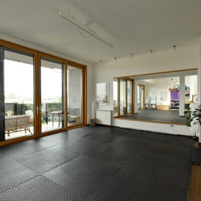 house pilates studio 190826055
